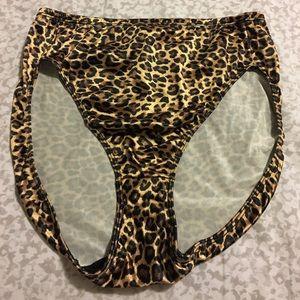 Other - Leopard print panties